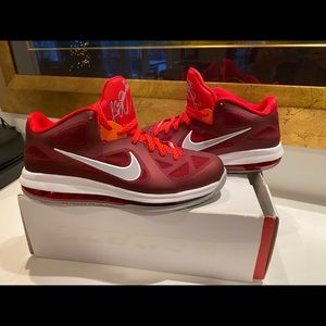 Lebron 9 Lows. 'Team Red'. Size 11.